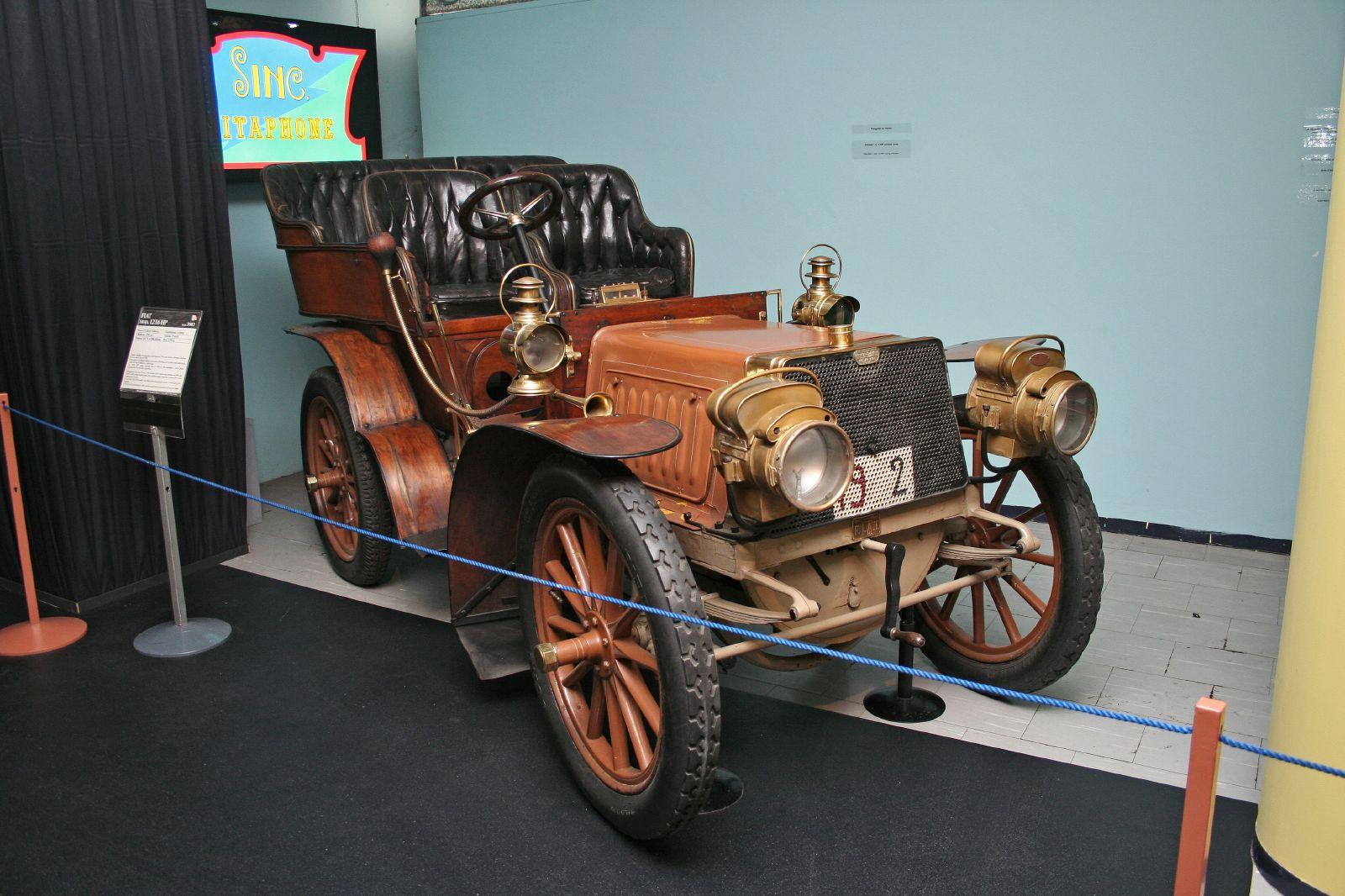 1902 FIAT 12 HP