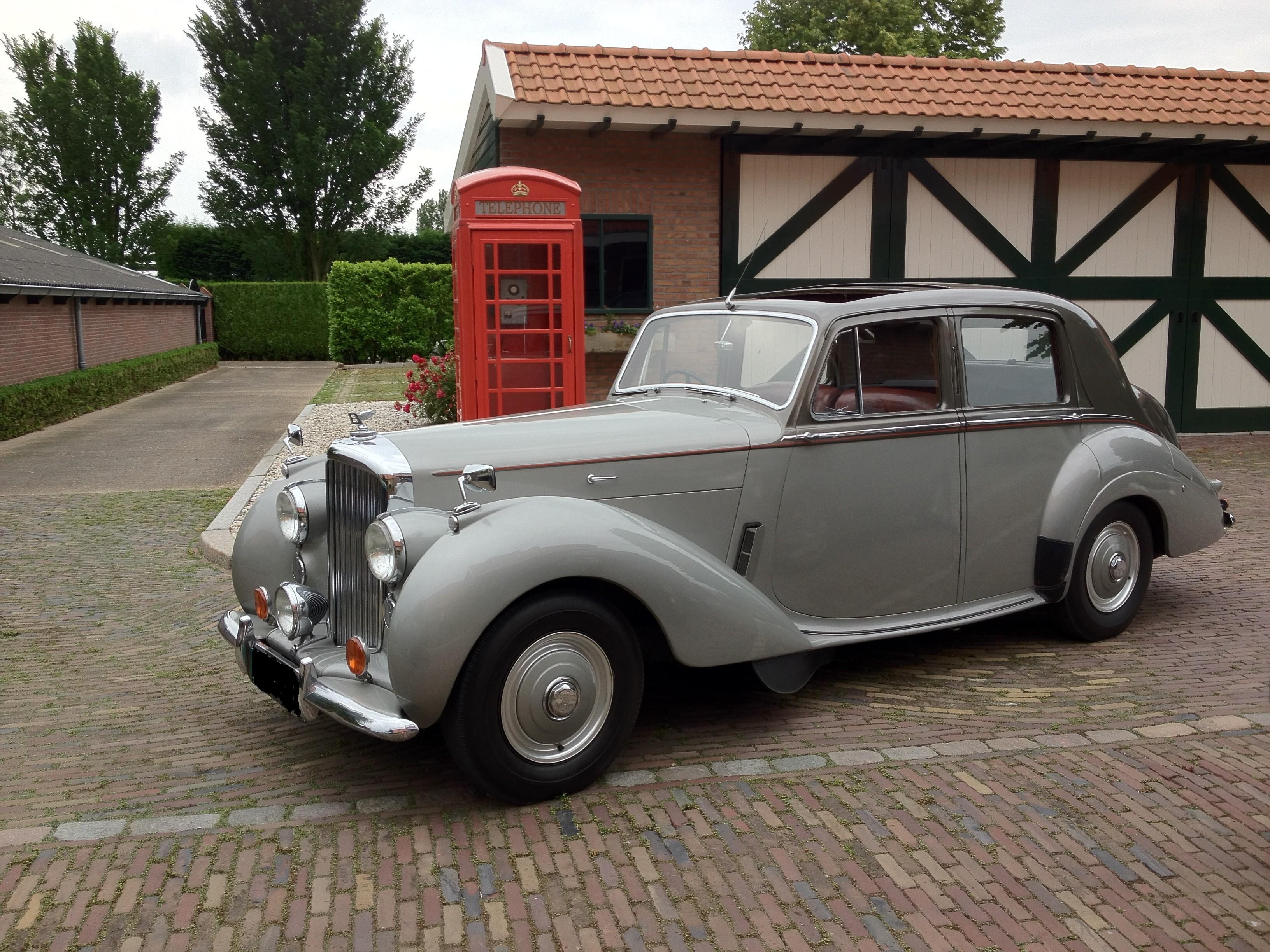 1953 Bentley Mk VI Saloon