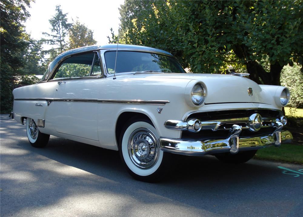 1954 Ford Crestline - Partsopen