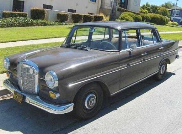 1966 Mercedes W110