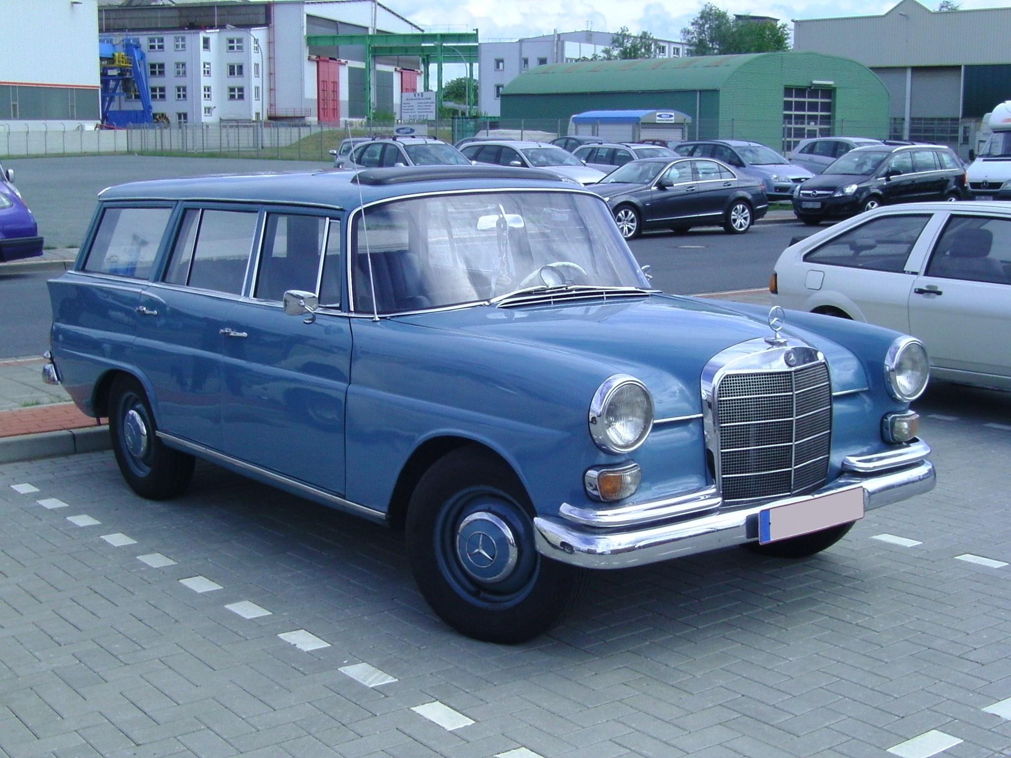 Mercedes w110 partsopen for 1969 mercedes benz parts