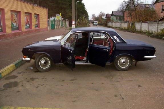 1974 GAZ M24 Volga