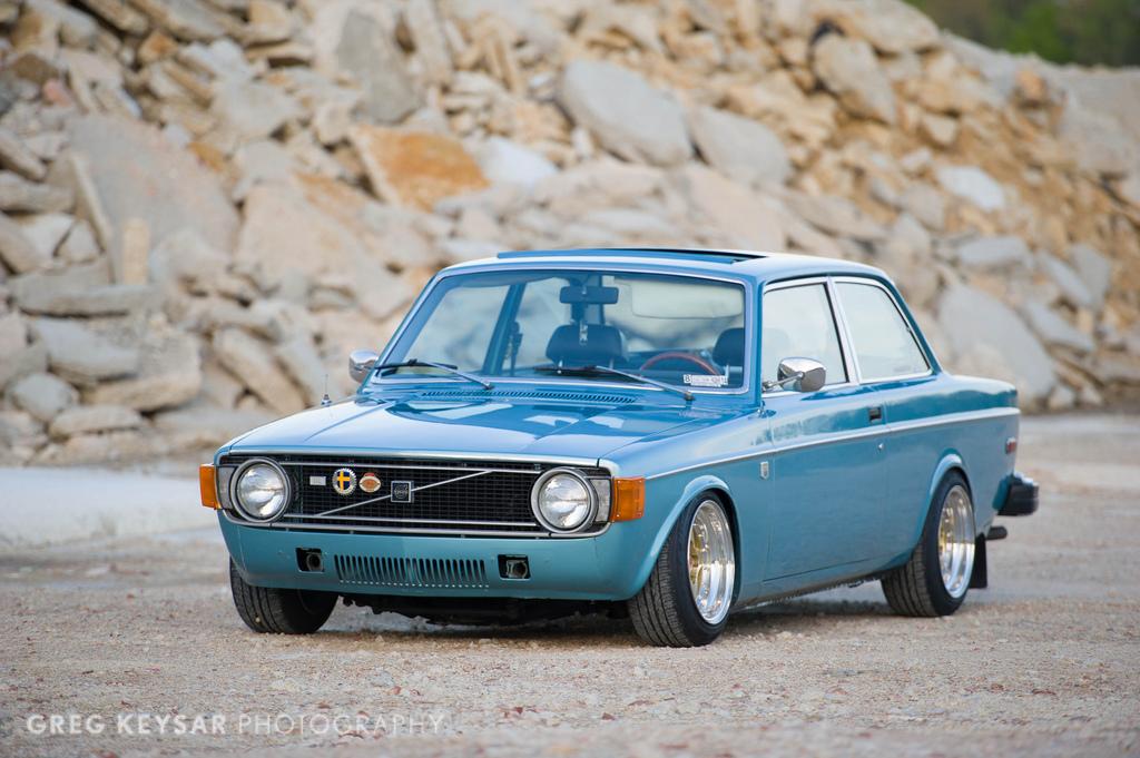1974 Volvo 142