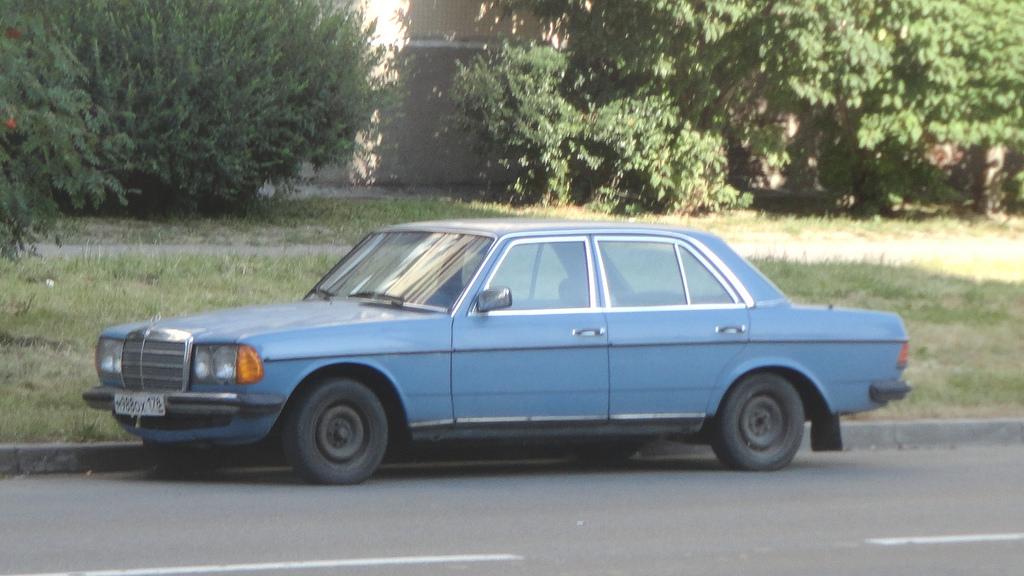 1979 mercedes w123 e partsopen for Mercedes benz w123 parts