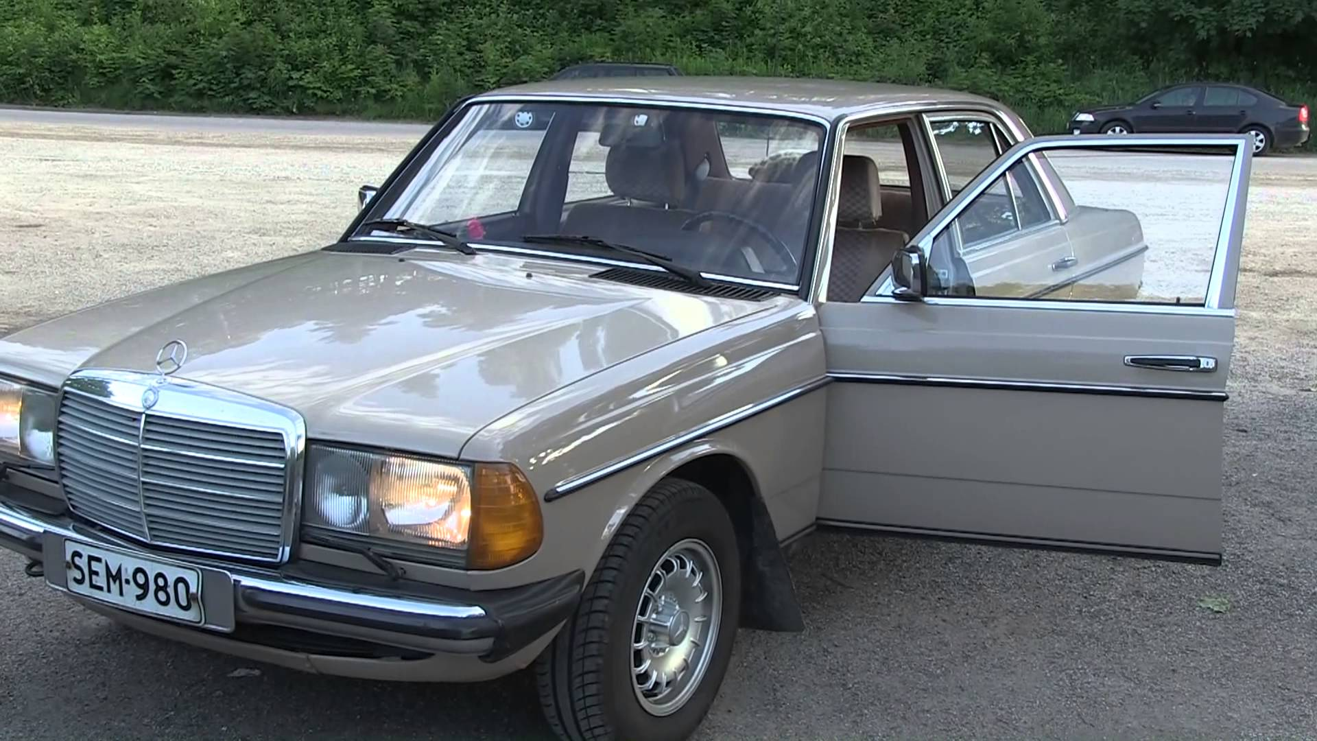 1984 mercedes w123 e partsopen for Mercedes benz 240 d
