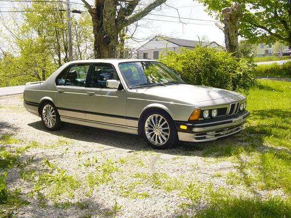 Src Download Photo 1985 BMW 7 Series