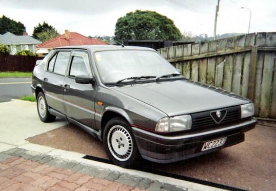 1989 Alfa Romeo 33