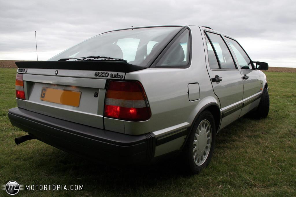 1989 Saab 9000