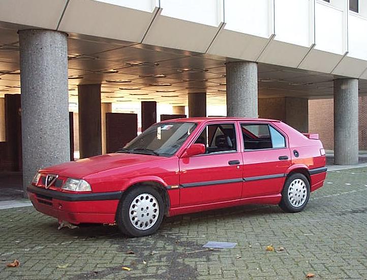 1990 Alfa Romeo 33