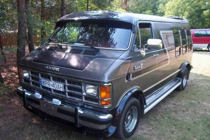 1990 Dodge Ram Van