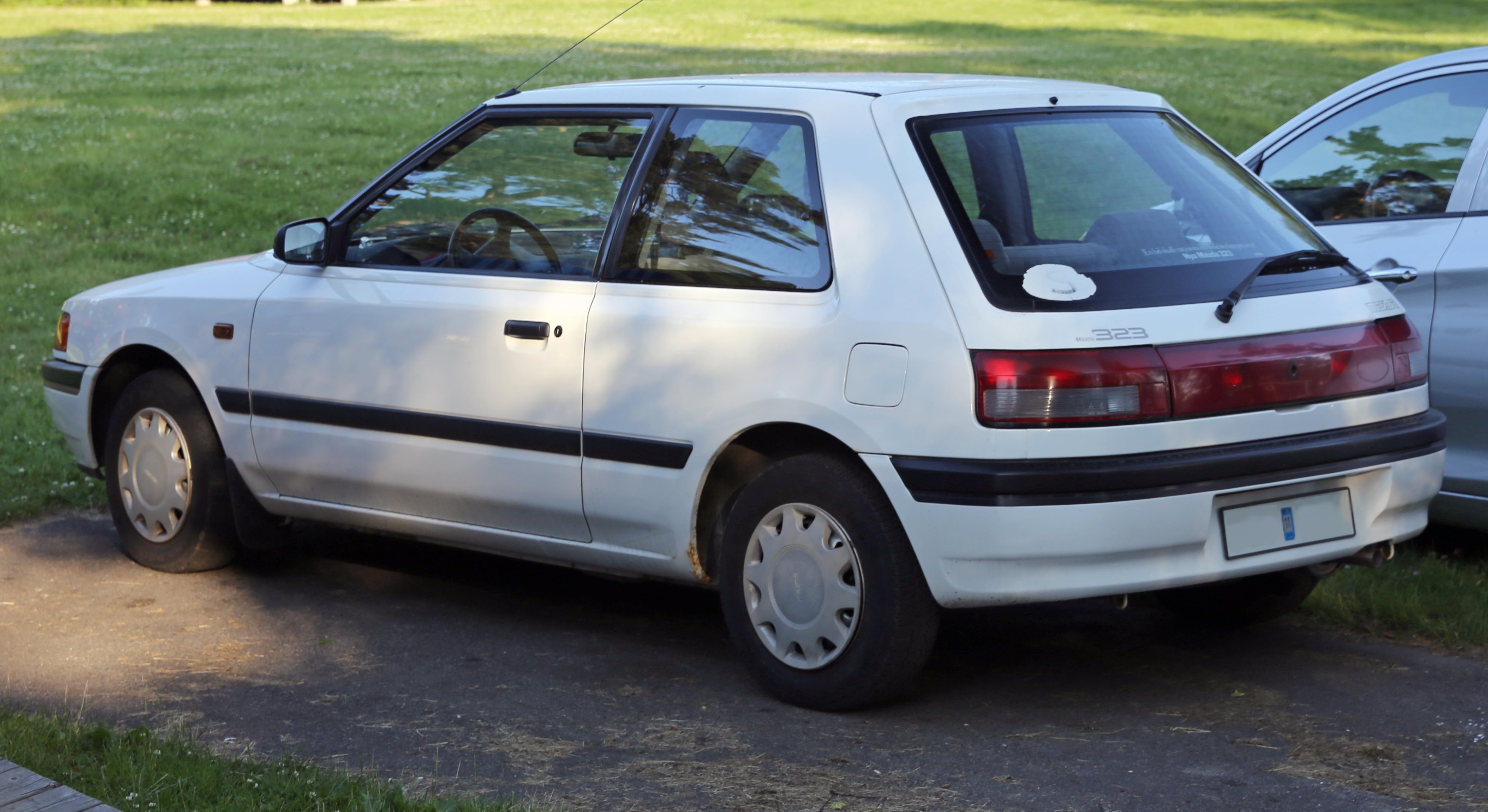 1990 Mazda 323 Partsopen