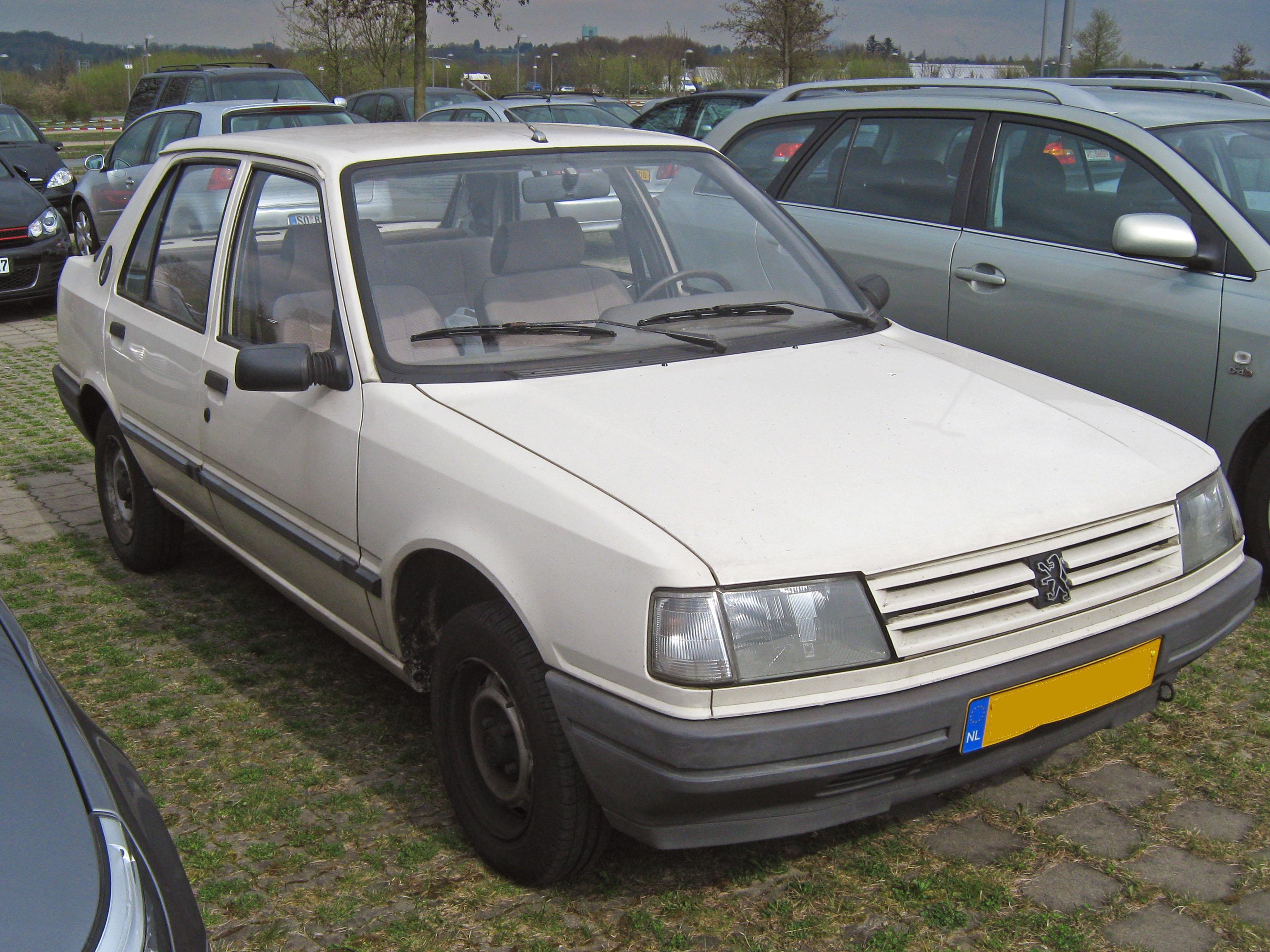1990 Peugeot 309