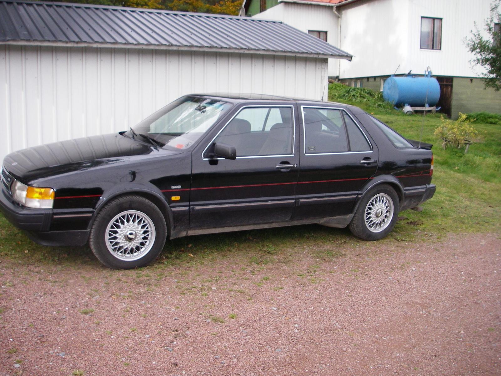 1990 Saab 9000