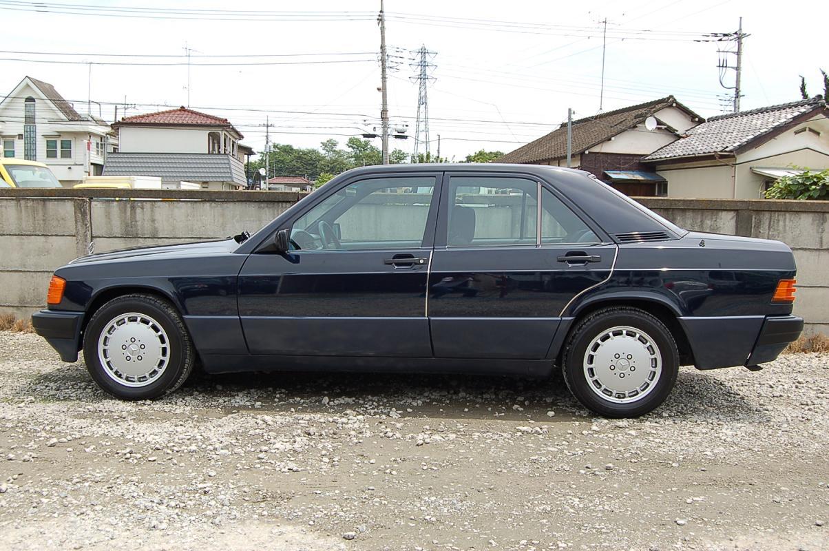 1991 Mercedes-Benz 190-Class