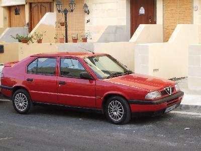 1993 Alfa Romeo 33