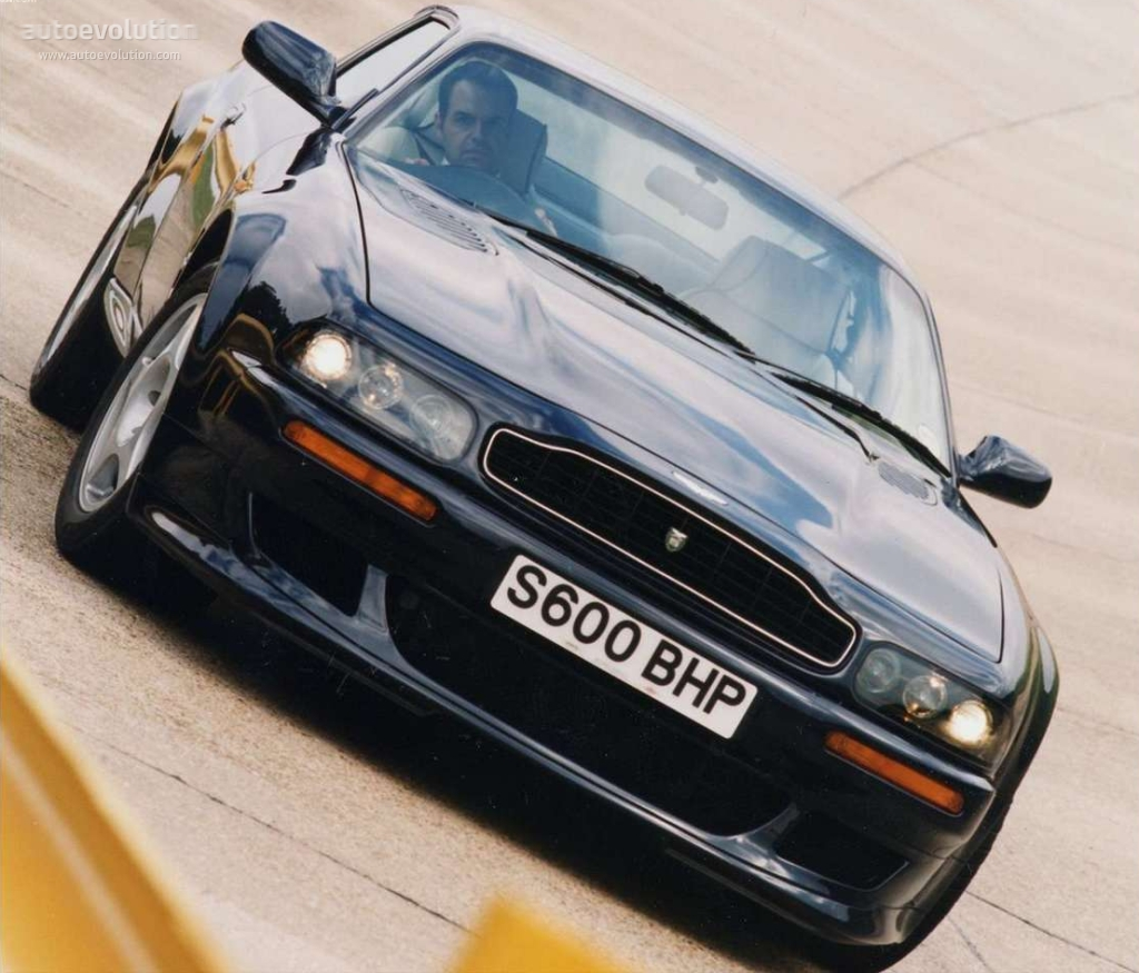 1993 Aston Martin V8