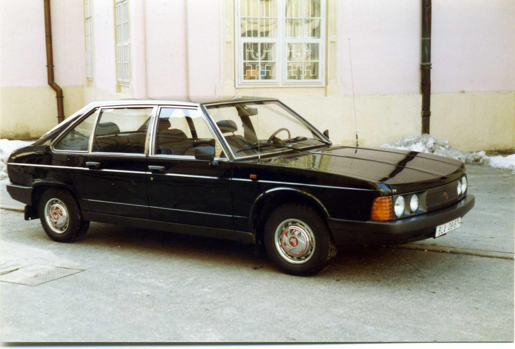 1993 Tatra 613