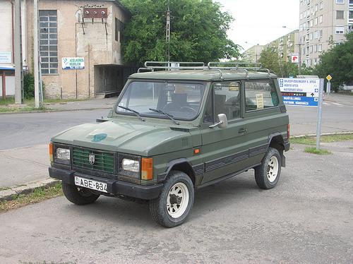 1996 ARO 10