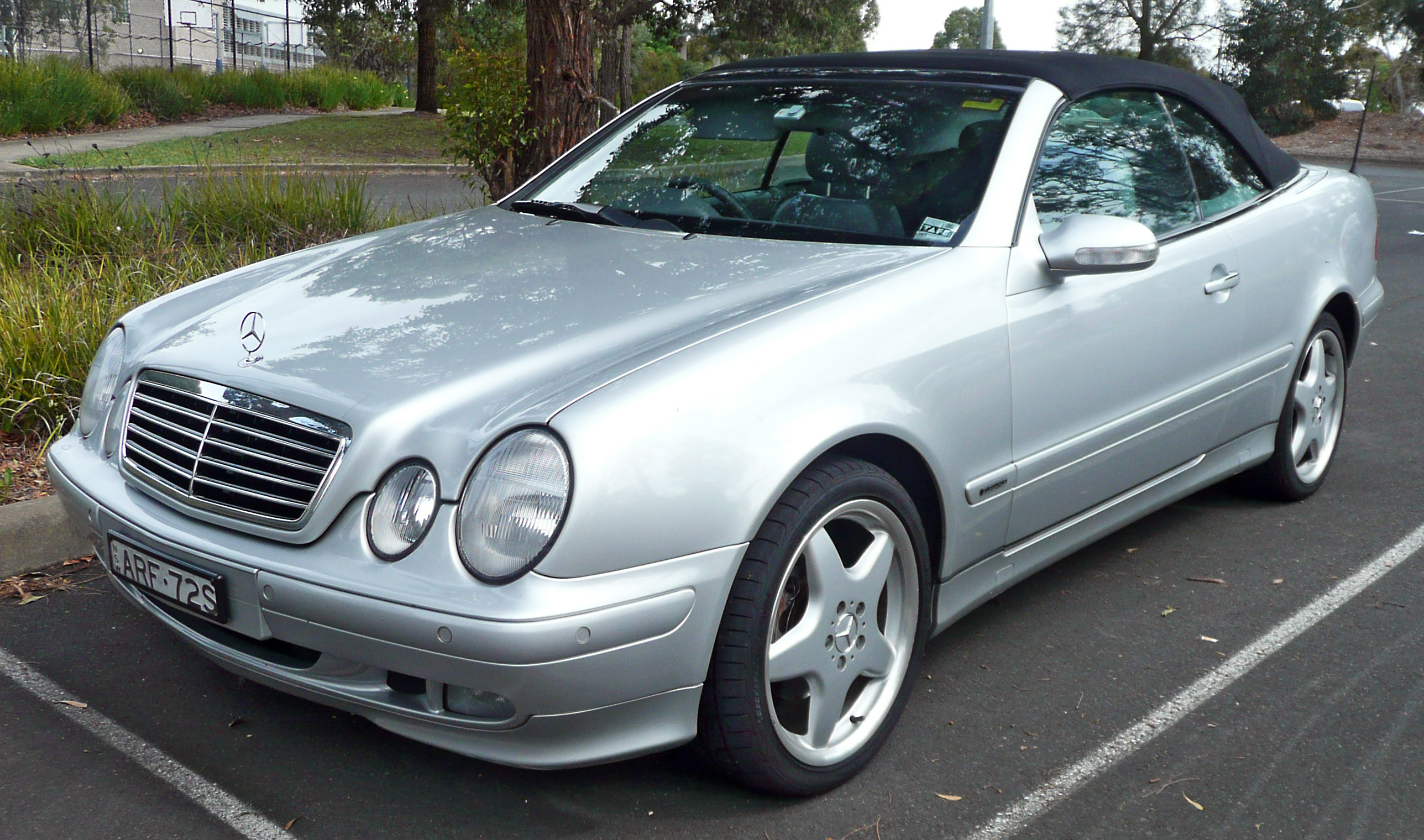 519324 Clk Convertible Top Problem Solving  mon Electrical Hydraulic System Failures 2 in addition Datei Mercedes CLK55 W209 as well 30 as well 24618716 additionally Watch. on clk 430 convertible