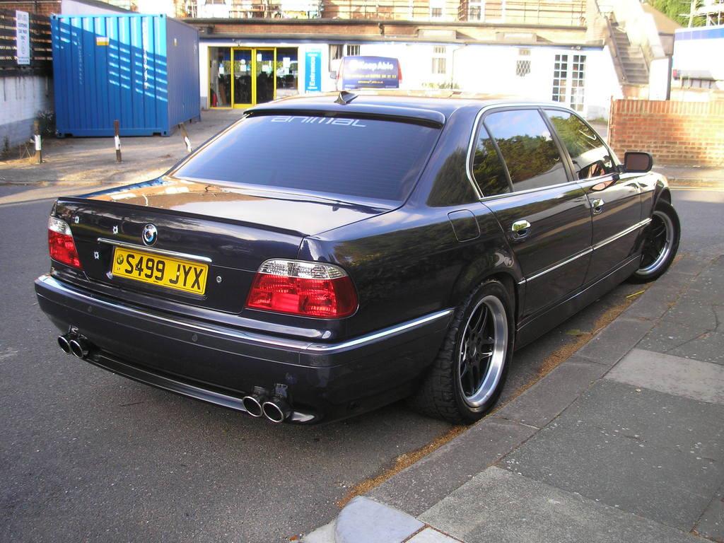 Src Download Photo 1999 BMW 7 Series