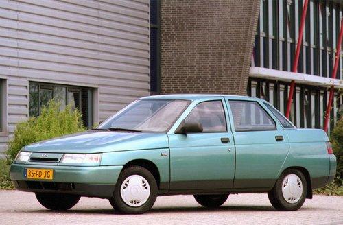 1999 Lada 110