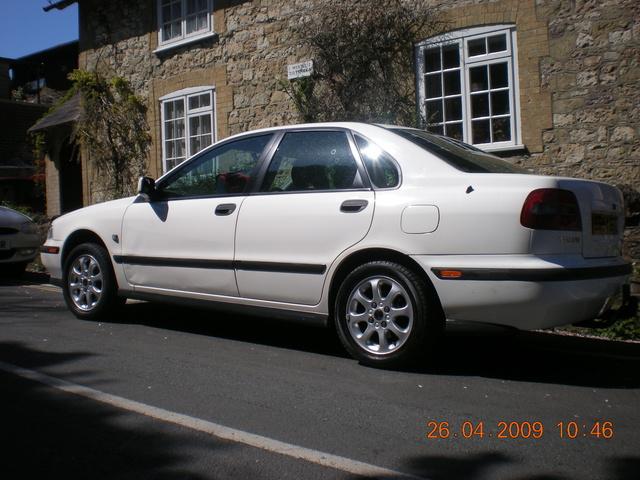1999 Volvo S40