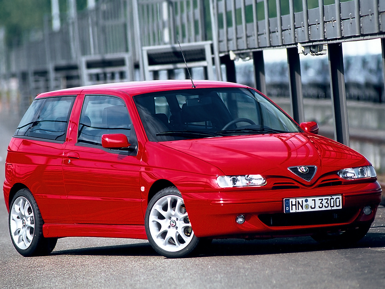 2000 Alfa Romeo 145