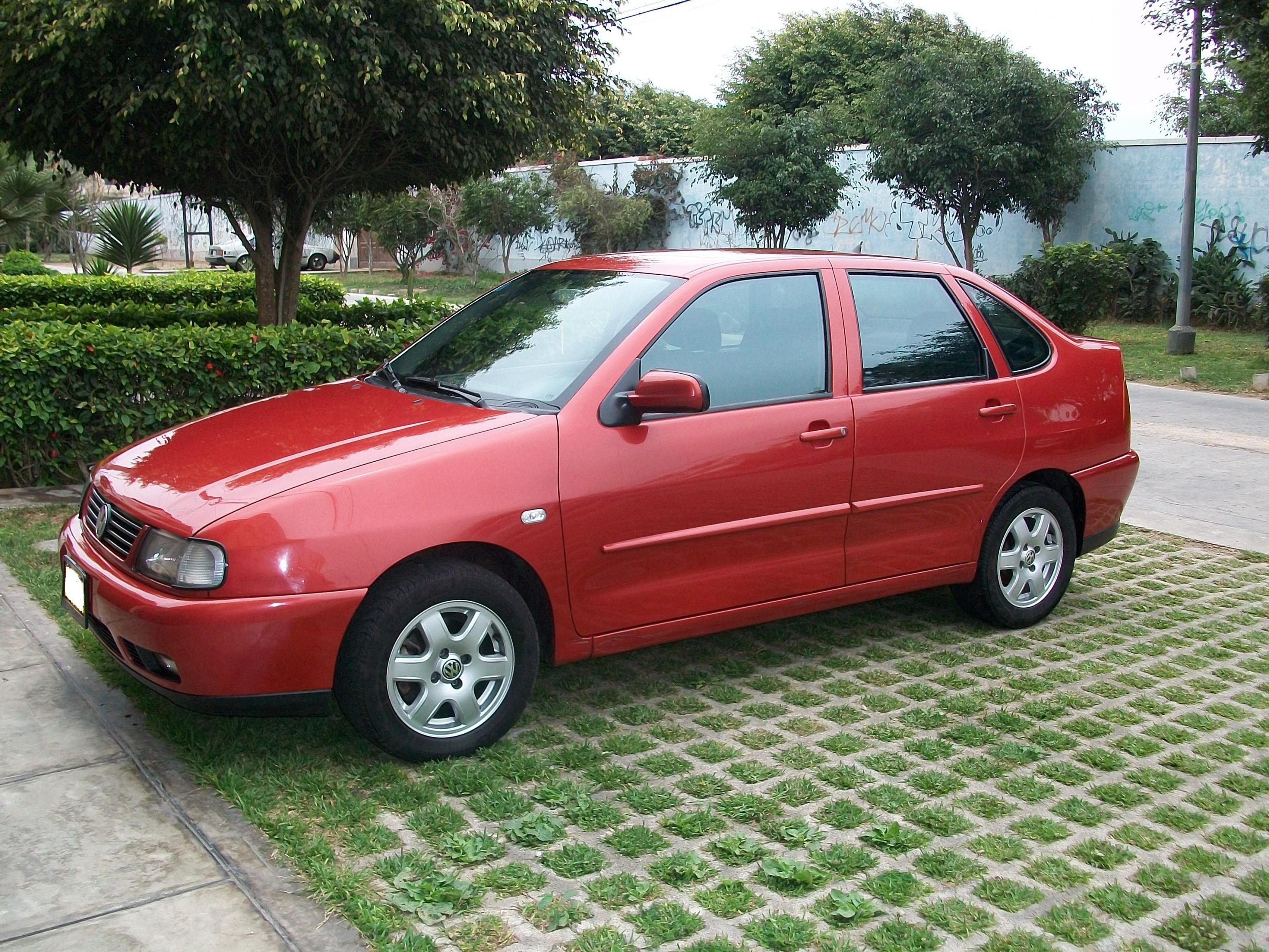 2000 Volkswagen Polo Classic - Partsopen