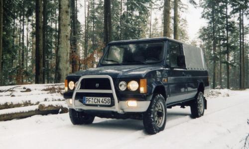 2001 ARO 10