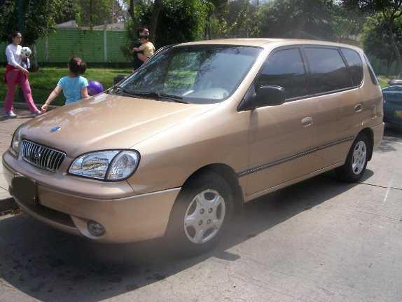 2001 Kia Carens