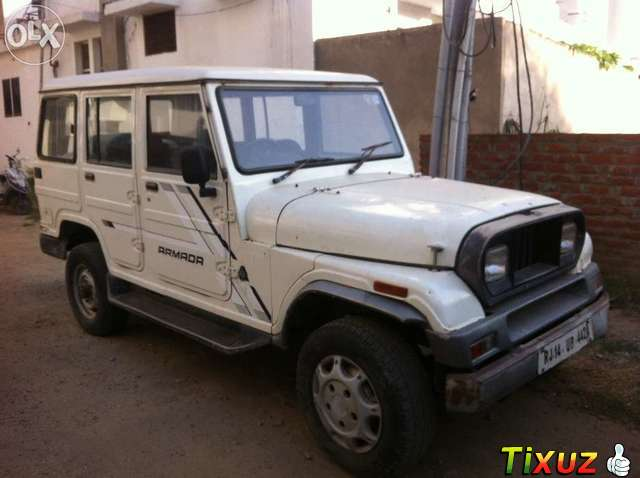 2001 Mahindra Armada