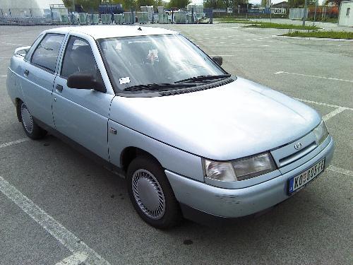2002 Lada 110