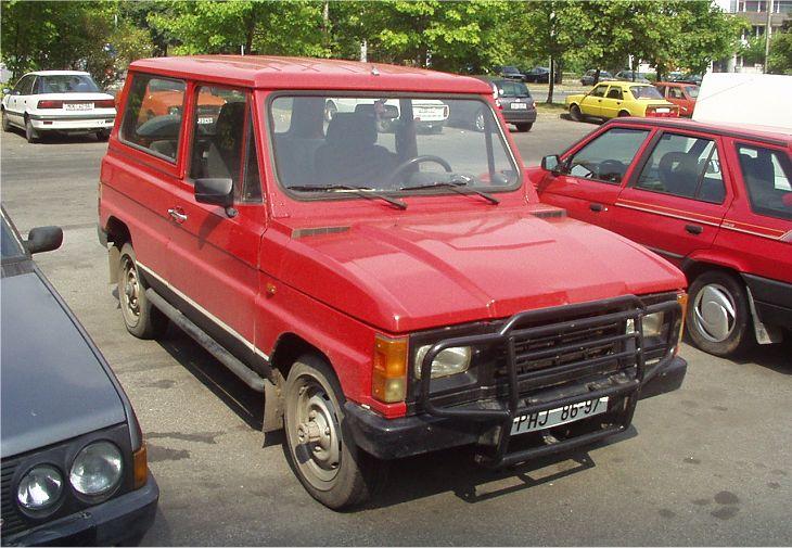 2003 ARO 10