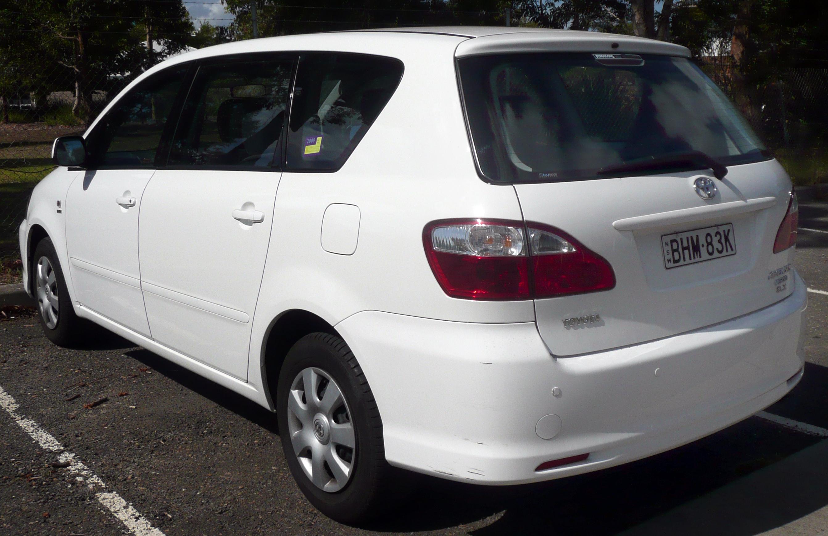 2003 Toyota Avensis Verso