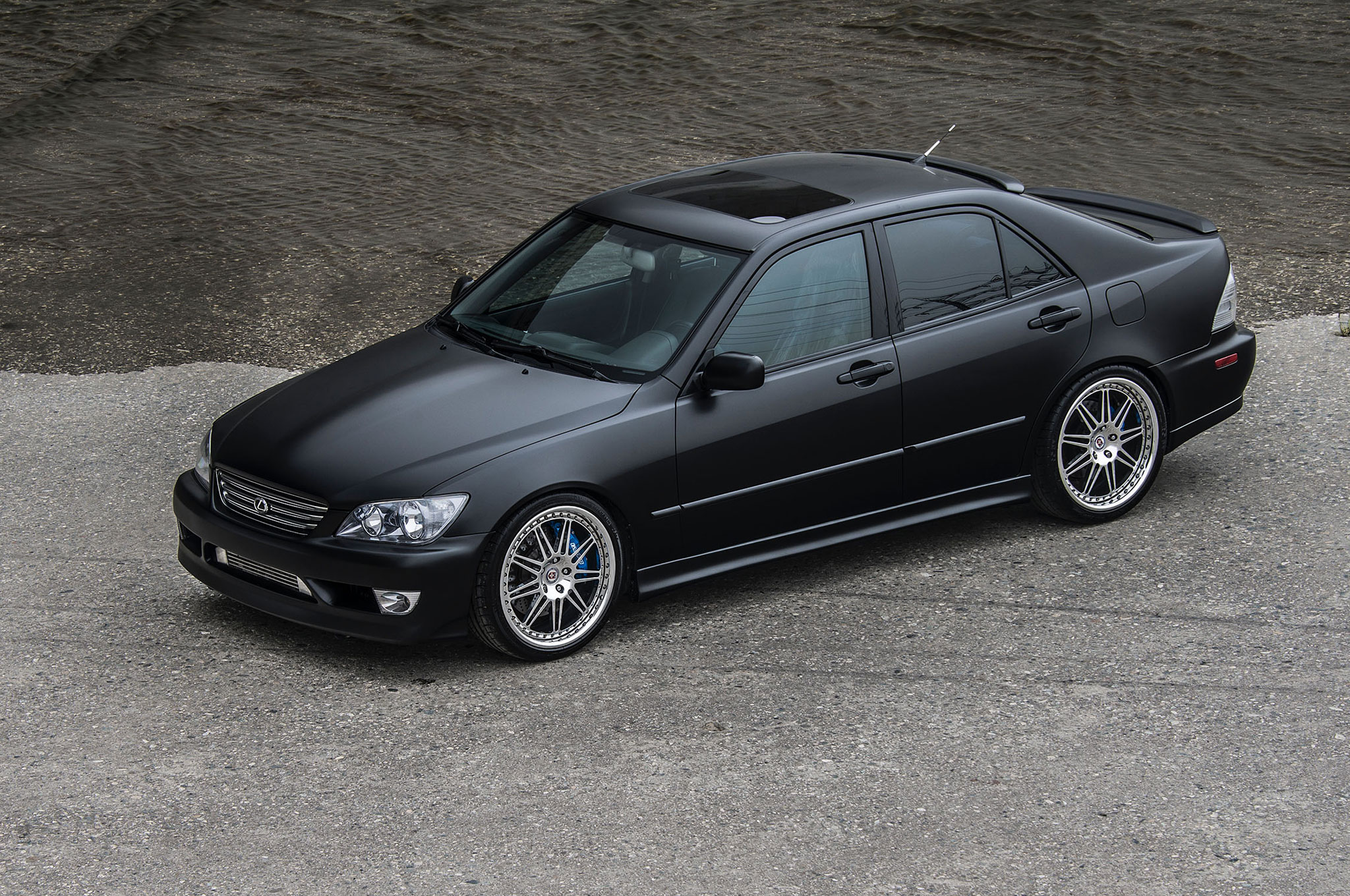 2004 Lexus IS