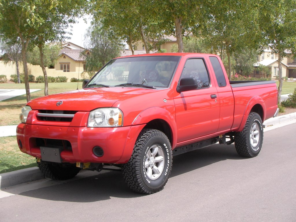 2001 nissan frontier lifted. Black Bedroom Furniture Sets. Home Design Ideas