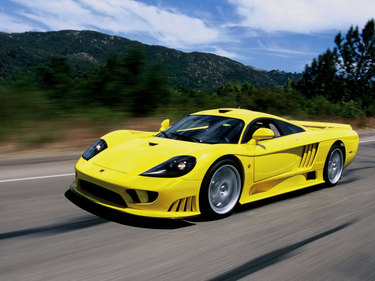 Download all saleen s7 2004 pictures 1 8 mb