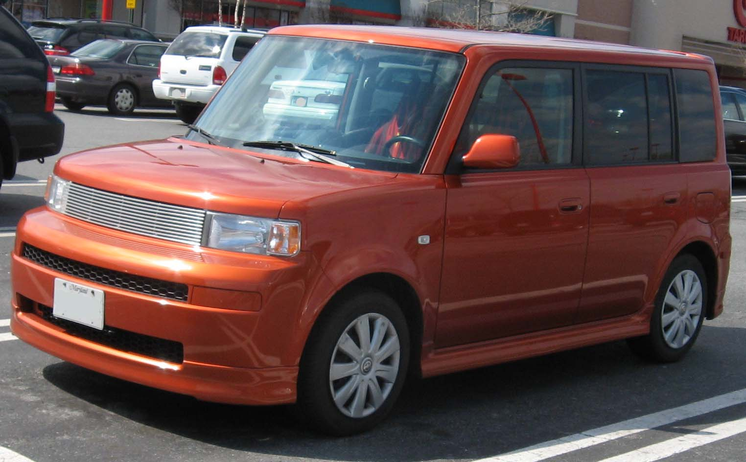 Download all scion xb 2004 pictures 1 7 mb