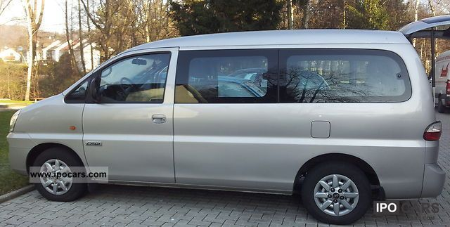 2005 Hyundai H-1 Starex