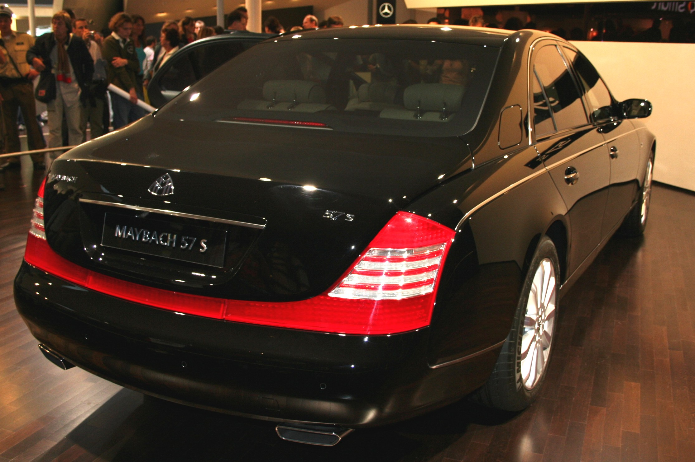 Download all maybach 57 2005 pictures 2 2 mb