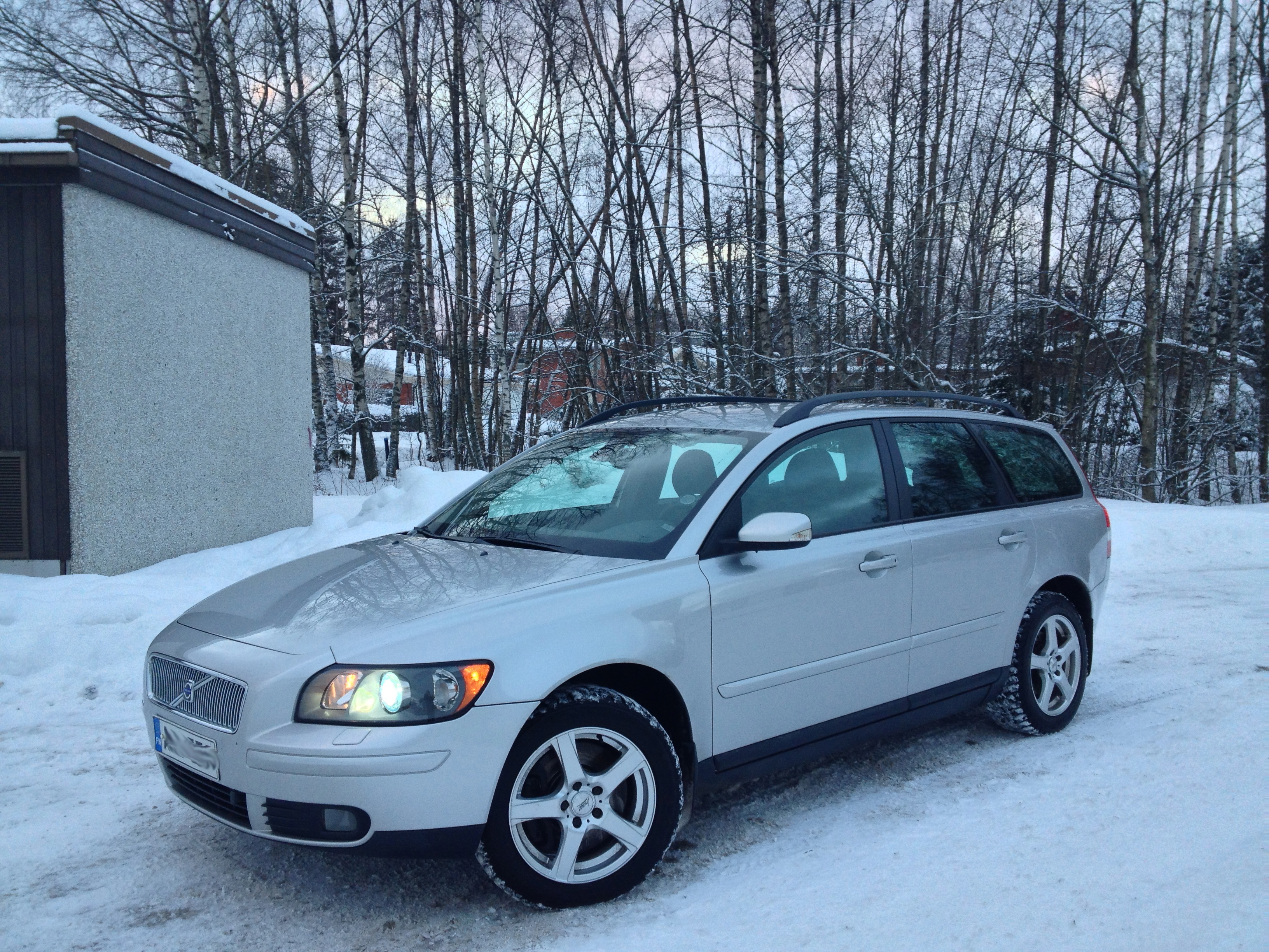 Download all volvo v50 2006 pictures 5 1 mb