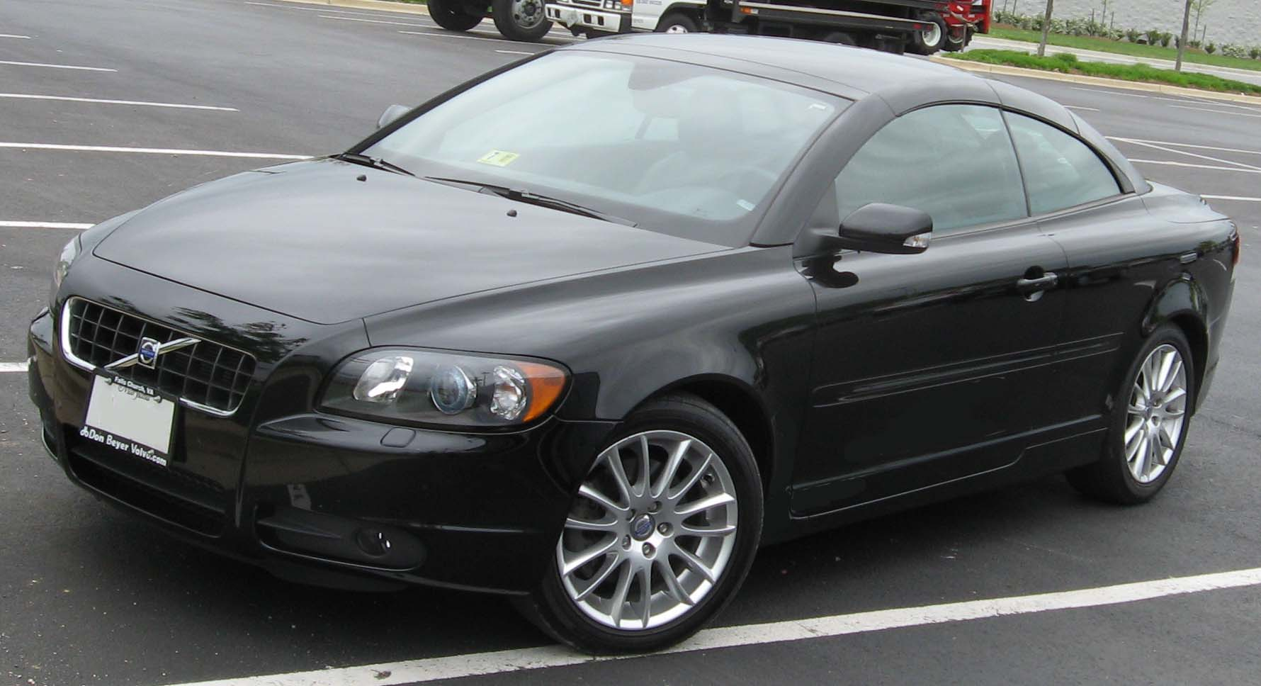 Download all volvo c70 2007 pictures 1 3 mb