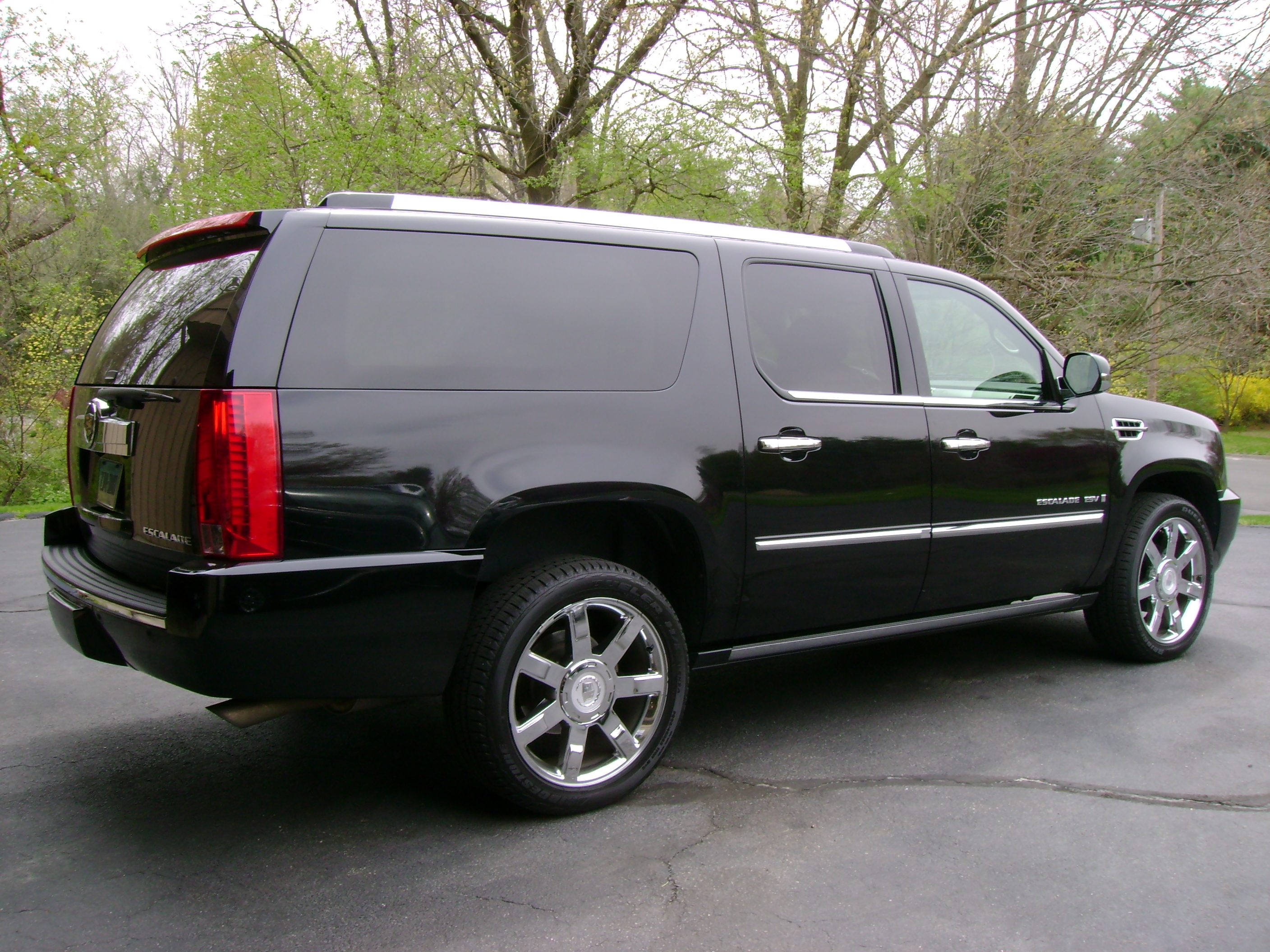 driving the interior truth cars reader about srx escalade cadillac position review