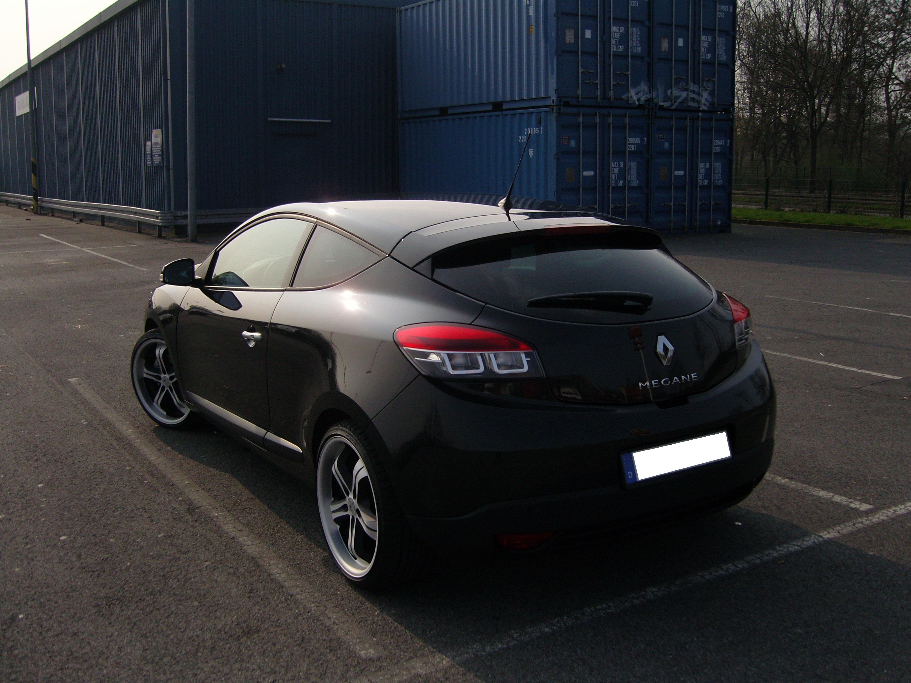 2009 renault megane coupe partsopen. Black Bedroom Furniture Sets. Home Design Ideas