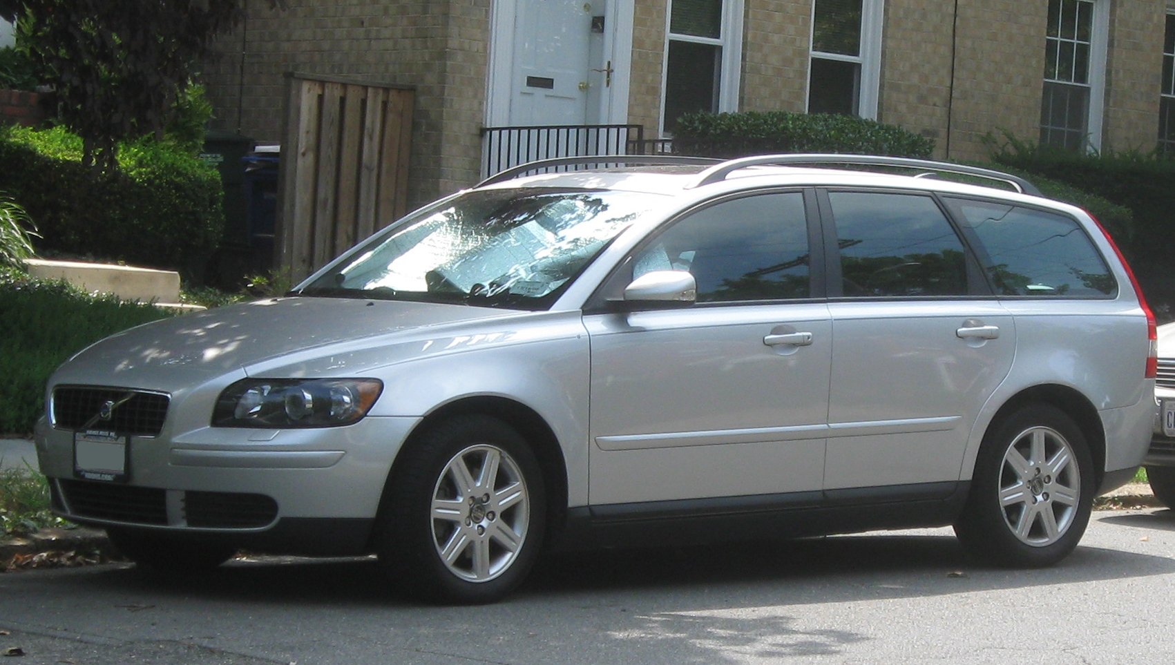 Download all volvo v50 2009 pictures 4 5 mb