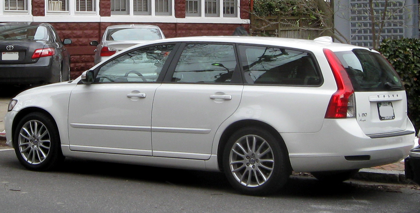 Download all volvo v50 2010 pictures 2 1 mb