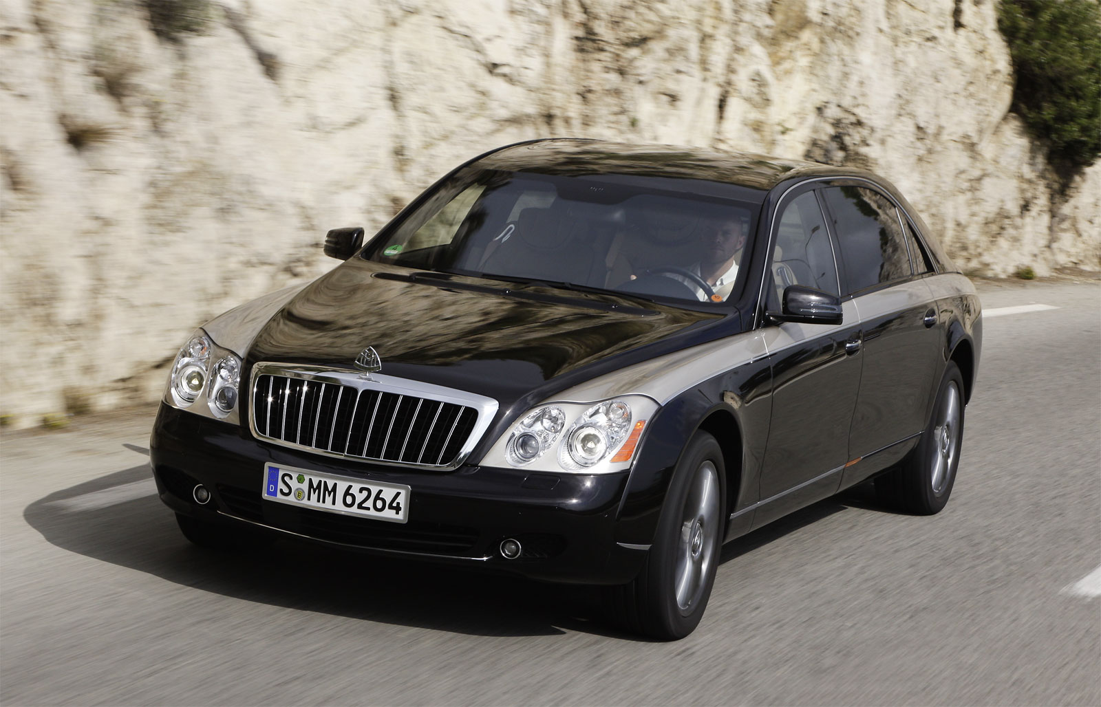 Download all maybach 62 2011 pictures 1 mb